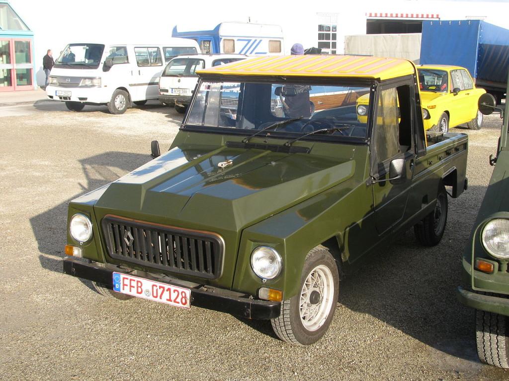 1280px-Renault_pickup