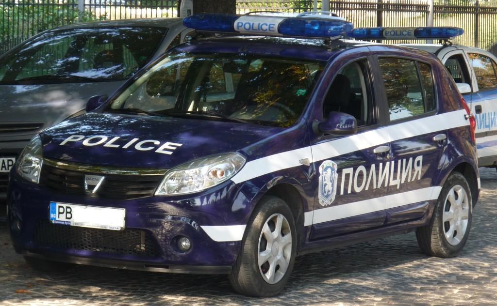 Dacia_Sandero_-_Police_car_-_Plovdiv,_Bulgaria
