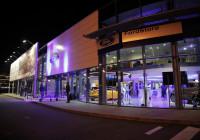 Ford lansează primele două FordStore din București